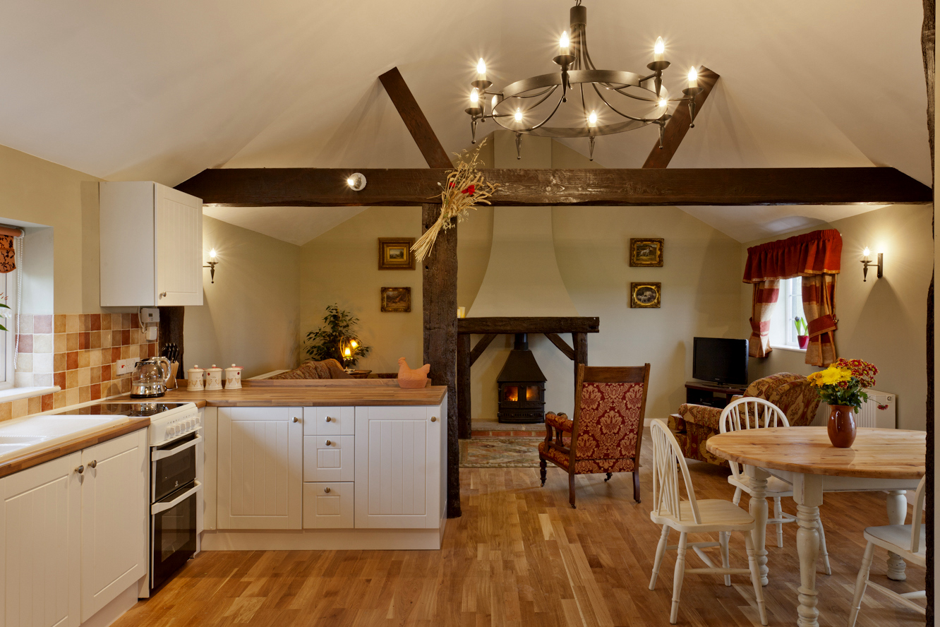 Around about britain hotels b bs self catering for Barn house kitchen ideas