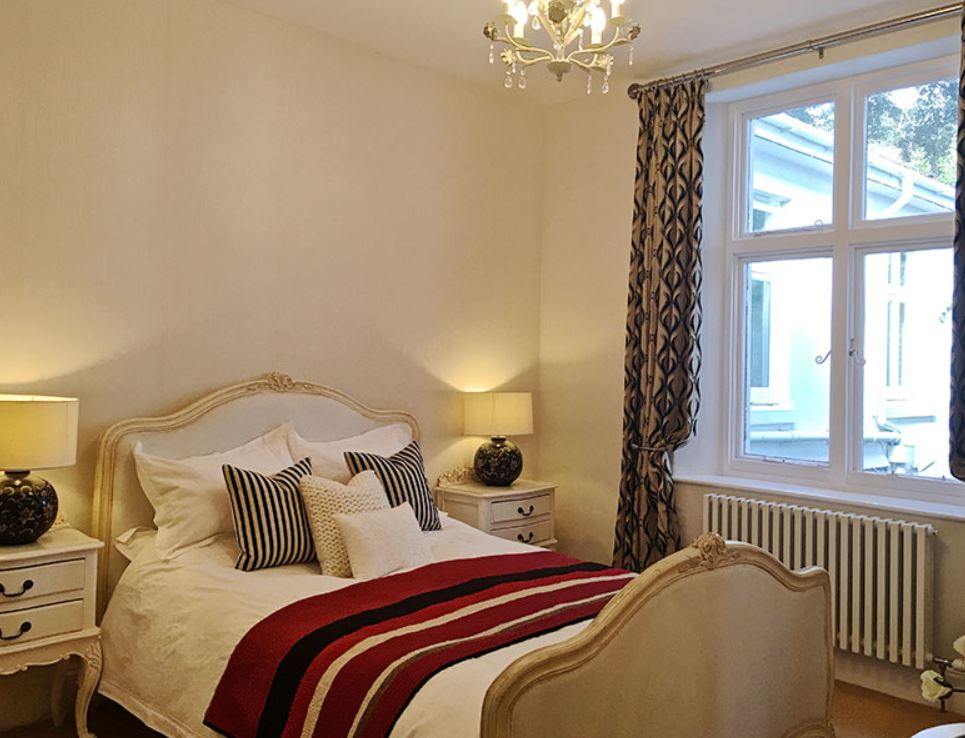 Around About Britain :: Hotels, B & Bs, Self Catering