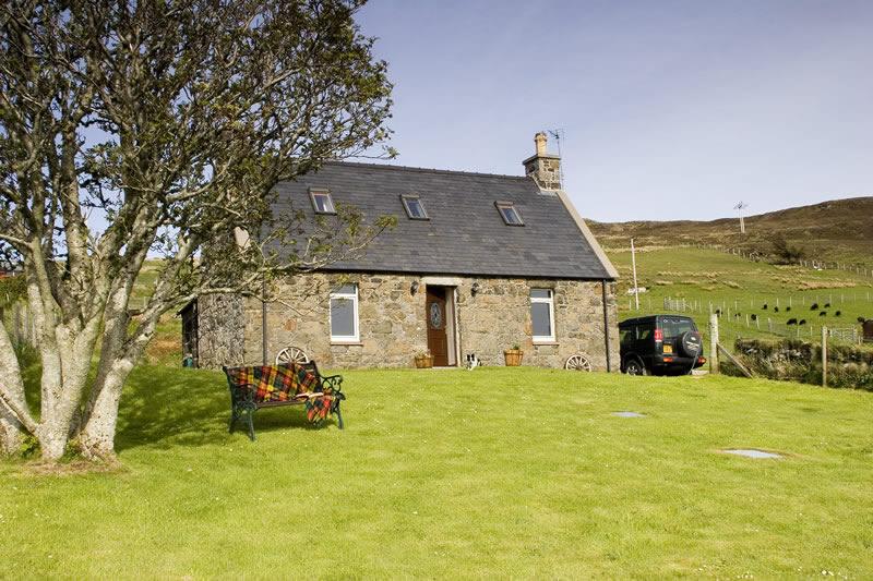 Auld Orwell Cottage Lochbay Waternish Isle Of Skye